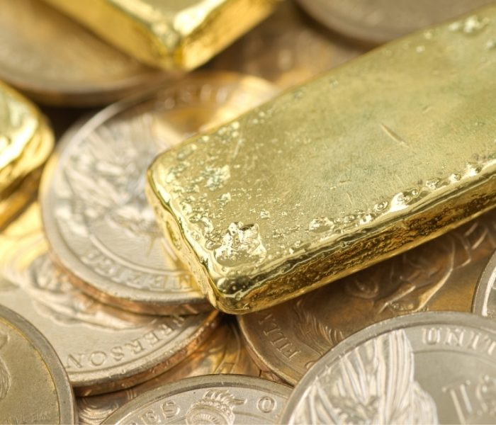 reasons to buy gold